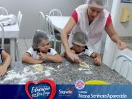 Aulas de culinária - Professora Daniela Fernanda