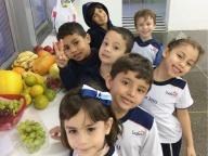 O 1º ano B desfrutou dos sabores de uma deliciosa salada de frutas!