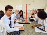 2ª SÉRIE REALIZA EXPERIMENTOS DE RESSONÂNCIA E GRAVITAÇÃO