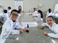 Aula no Laboratório de Ciências – 4º ano A e B - 2016