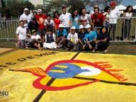 Participação do Colégio Cor Jesu na confecção do tapete de Corpus Christi