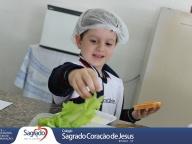 Colheita e Degustação de Alface Saladinha - Infantil 4C