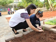 Cultivando Sabores - Plantio de Cebolinha (Infantil 4B)