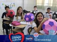 Matemática das Bolas de Futebol (6º ano)