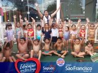 Banho de Mangueira (Dia da Água) - Educação Infantil