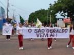 Desfile em comemoração aos  50 anos do Colégio São Geraldo com a participação de professores, funcionários e alunos atua