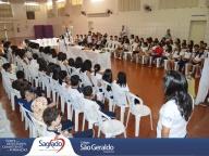 A Páscoa do Senhor celebrada pelos alunos