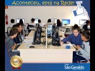 Aula de Inglês no Laboratório de Informática - 6º ao 9º ano