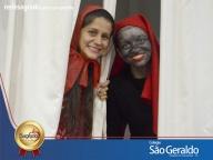 Teatro - Chapeuzinho vermelho e o Saci Pererê - Posso te contar um segredo?
