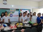 Entrega de alimentos arrecadados no ITA ao grupo Vicentinos