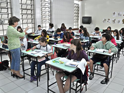 Alunos do Ensino Fundamental do sexto ao nono ano.